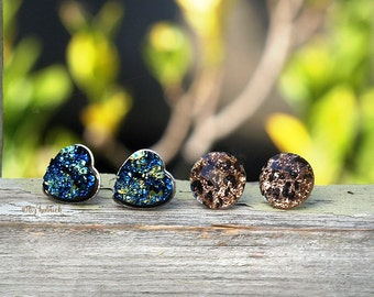 2 Pair Set Glitter Stud Earrings, Hearts in Blue-Green-Black multi, Faceted Leopard Glitter Crystals, Stainless Steel Posts