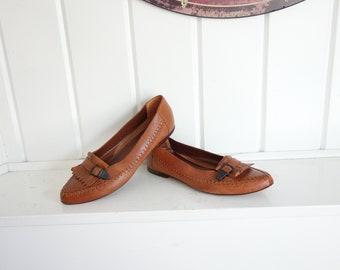 Vintage 1980s Pointed Toe Slip On'sSuper Soft Leather Western Cowboy Buckle Flats Saddle Tan 8 or 8.5  M