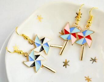 Boucles Oreille Origami Moulin à Vent - Géométrique - Boucles Oreille email - néon - bijou funky - grunge - cadeau amusant - fun - original