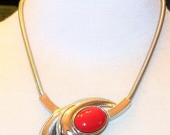25% OFF SALE Silver tone metal and Red cabochon Vintage Necklace
