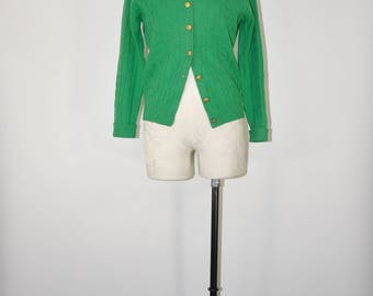 50s kelly green cardigan / 1950s lambswool cardigan / vintage cable knit sweater