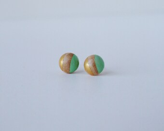 Geometric wooden stud post earring 10mm gold and green