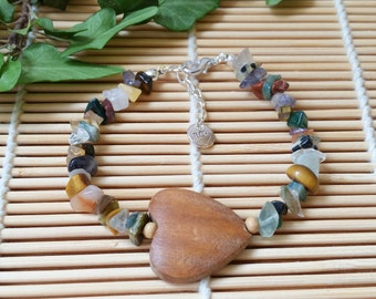 Heart of nature bracelet - Gemstone chips bracelet with wooden love heart