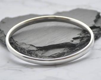 Oval Profile Solid Silver Ladies Bangle Bracelet