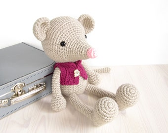 PATTERN: Long-Legged Mouse - Amigurumi mouse pattern - Crochet tutorial with photos - Pdf (EN-044)