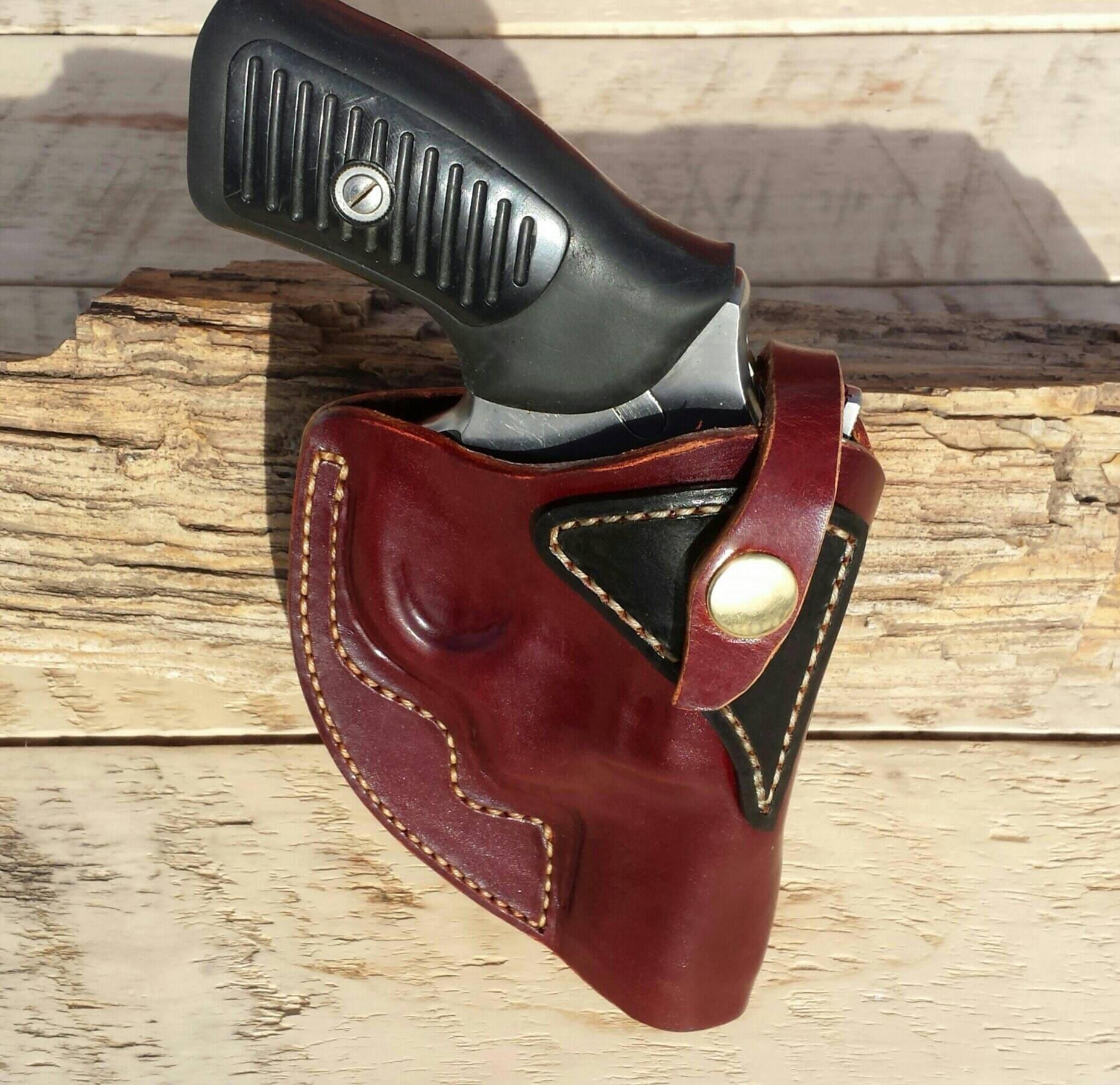 Auf Mass gefertigt OWB Lederholster für Ruger SP101 225