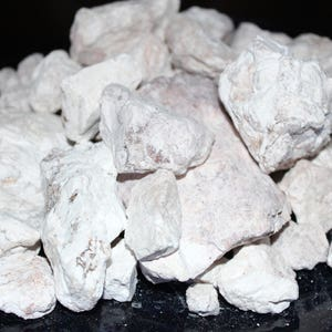 Earthy Goodies White kaolin clay dirt chunks. Raw, edible, & crunchy white dirt pieces