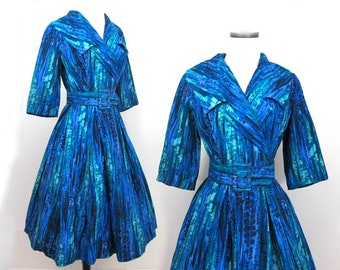 Shawl Collar Dress in blue & green print - 1950s-60s - attached crinoline, 3/4 sleeves - S