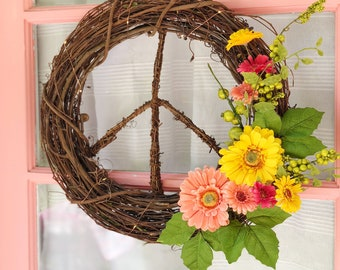 Wildflower Peace Sign Wreath, Summer Front Door Wreath, Gift for Her Under 50, Everyday Wreath, Birthday Gift for Her, Hippie Boho Mom gift