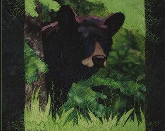 Backdoor Bear Toni Whitney Animal Fusible Applique Quilt Pattern + Fabric Kit