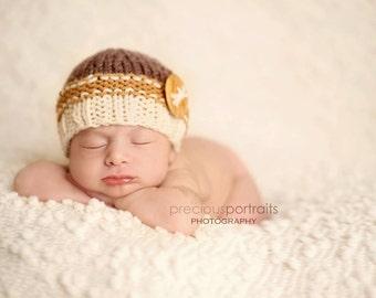 Newborn knit beanie hat with wood button