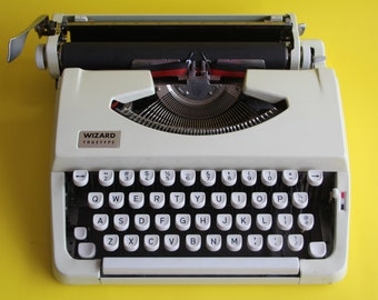 VINTAGE manual Wizard Truetype typewriter with case