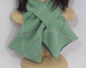 Emerald green wool blend scarf with tartan pattern