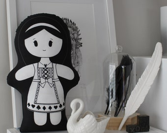Monochrome Ethnic Doll - Japanese Lolita