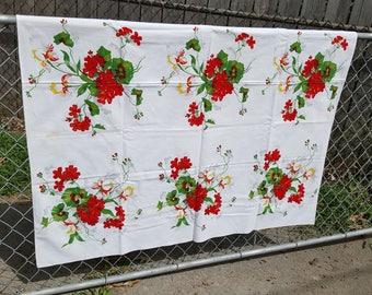Beautiful Rare Vintage Wilendur Tablecloth Geraniums and Iris