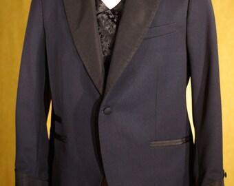 Famous Retro Tuxedos----1909 Bespoke