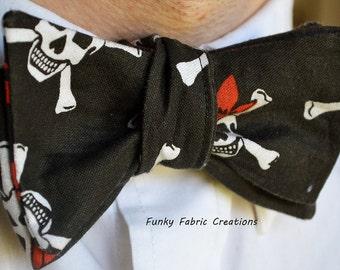 Pirate Bow Tie, Self Tie Bow Tie, Mens Black Bow Tie, Pirate Tie, Pirate Bow Ties, Prom Tie, Novelty Bow Tie, Black Bow Tie, Whimisical Tie
