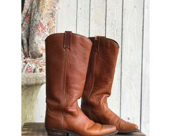7 M | Women's Brown Capezio Boots Western Riding Boots with Short Heels