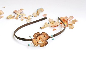 Floral headband bridal Elegant copper flower Garden romantic crown Hair accessory Contemporary jewelry Copper patina jewelry Antique Tiara