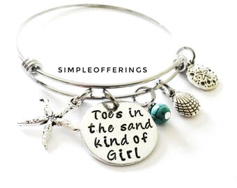 Toes In The Sand Kind Of Girl Bangle Bracelet, Wire Charm Bracelet, Hand stamped Jewelry, Beach Cruise Jewelry, Gift for best friend