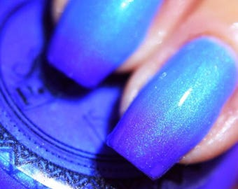 "P•O•P Polish ""Midnight Avalanche"" Nail Polish Quick Dry Fire & Ice Thermal Collection Purple Blue Temperature Sensitive Shimmer"