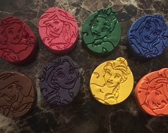 Princess party crayons