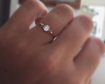 Dainty Solitaire Ring