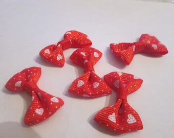 10 Red pattern hearts and polka dot cotton and polyester 37x25mm knots