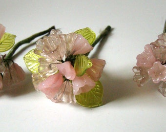 Vintage Glass Hand Blown Flowers Leaves on Silk Wire