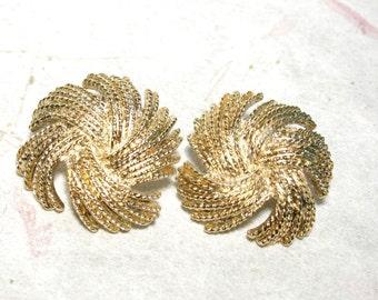Large Monet Gold Tone String Flower Rope Earrings