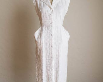 Vintage 80's White Button Front Fitted Knee Length Dress