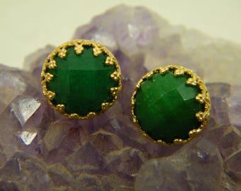 Green agate earrings, Gold stud earrings, Emerald color earrings, Boho earrings, Bridesmaid earrings, Gem stone post earrings, Gift for her