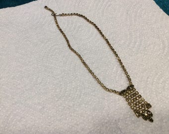 Vintage olive rhinestone crystal necklace in excellent condition