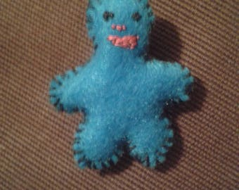 Boy brooch in felt