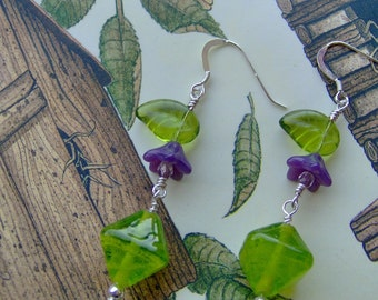 Lampwork Earrings-Artisan Lampwork Sterling Silver Earrings-Artisan Jewelry-Dangle Earrings-OOAK-SRAJD