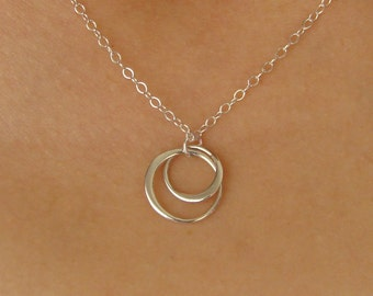 Gift Necklace Entwined Circles Pendant Necklace in Sterling SIlver, interlocking circles, bridesmaid, wedding, bridal gift, linked forever,