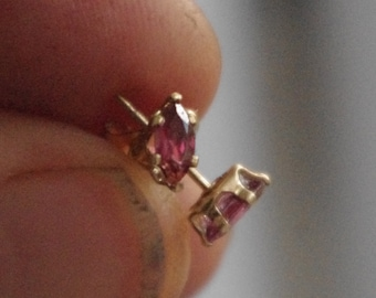 Natural Rhodolite Garnets in 14kt gold fill Snaptite earstuds