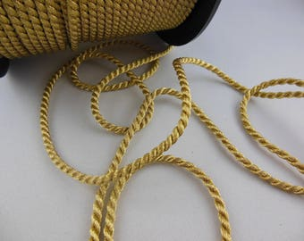 1 meter of gold cord 5 mm