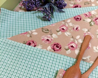 Floral Fabric placemats, canvas placemat, Pink Floral and green design.(Set of 4 + Free 4 coasters.)