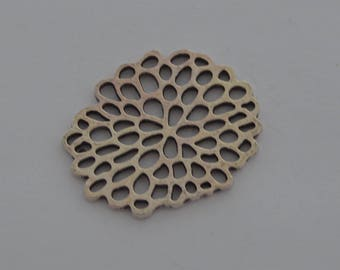 3 32x26mm antique silver lotus flowers