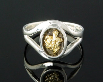Style 143 Ring in Sterling Silver inlaid with 22kt Natural Gold