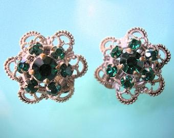 Czech Filigree Earrings, Art Deco, 1930s Jewelry, Vintage Earrings, Emerald Rhinestone, Emerald Earrings, Clip On, Silver Plated, Bridal
