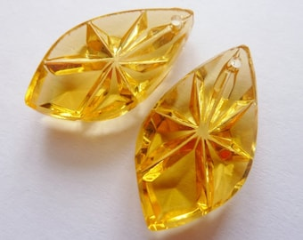 2 glass pendant, 23x13mm, topas, pear