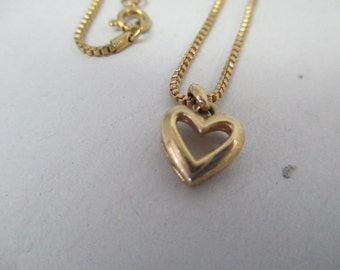 Vintage Gold tone heart  Child's Necklace. 15 inch chain with no markings
