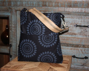 The Hobo Bag - ECO-FRIENDLY - Sumor in Charcoal and Black