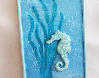 Seahorse Wall Plaque - Seashell Wall Decor - Ocean Themed Wall Art - 3 Dimensional Beach Themed Wall Decor - Sea Life Wall Decor - Seahorse