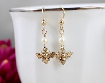 By Emily Gold Oak Leaf Earrings 94uCT1cY6F