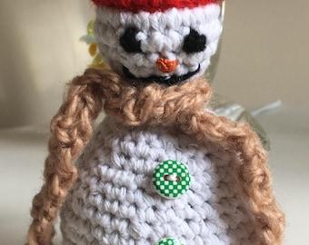 Crochet snowman (standing)