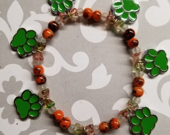 Green PAW PRINTS stretchy beaded bracelet ALL for Charity