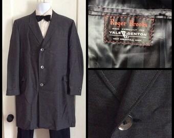 Men's Vintage 1950's Roger Brooks for Yale Genton Salt and Pepper Gray long Overcoat coat looks size Large
